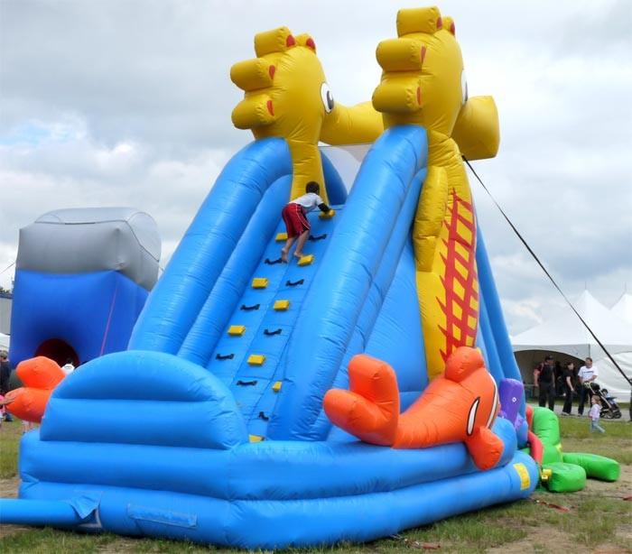 Air design location de jeux et structures gonflables - Structure gonflable avec eau ...
